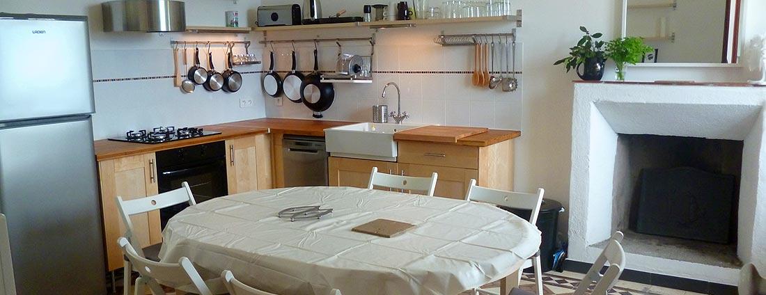 photo cuisine - corsica-home.com - gîte vacances Corse plaine orientale